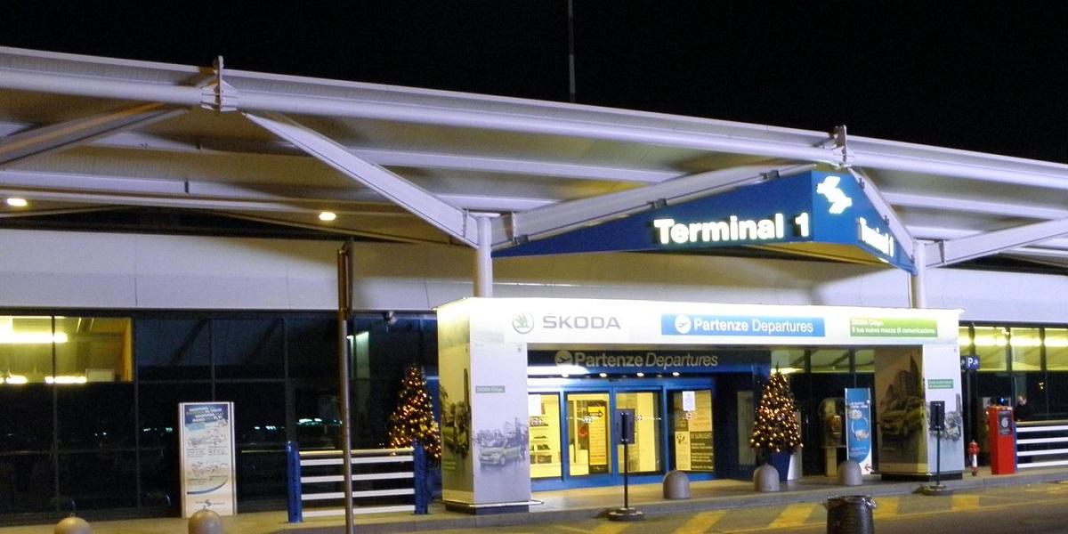 Добраться в Мадонна ди Кампильо из аэропорта Верона. Такси эконом и бизнес класса.