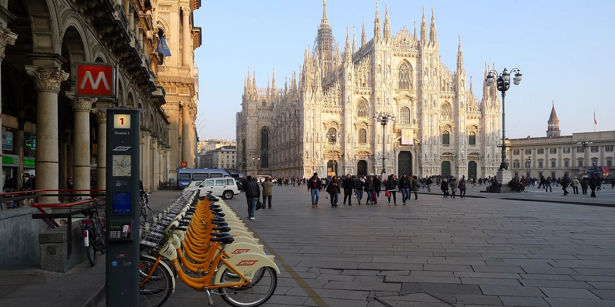 Добраться в Санкт Мориц из Милана. Такси эконом и бизнес класса.