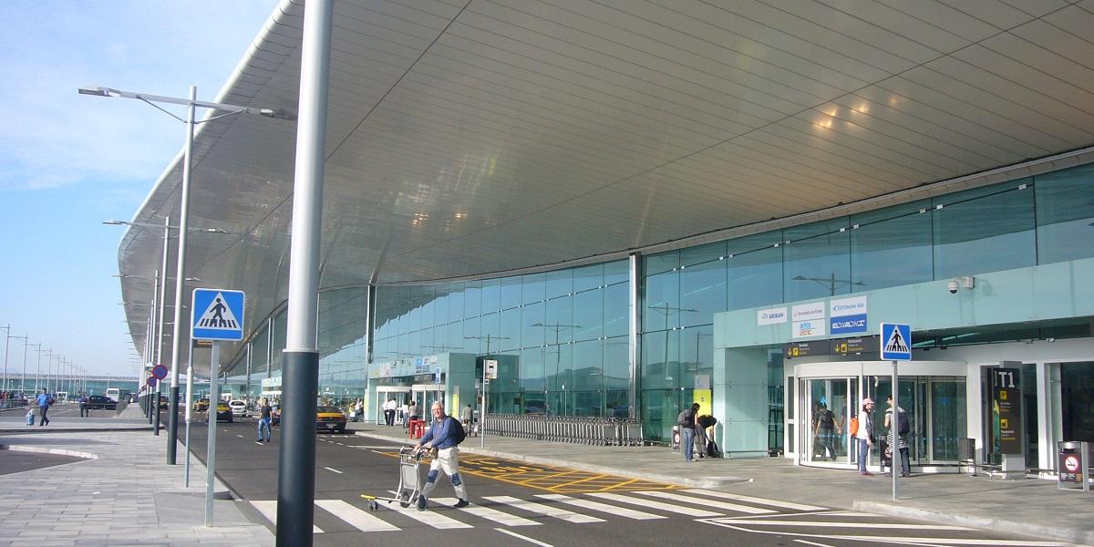 Добраться в Пас де ла Каса из аэропорта Барселоны
