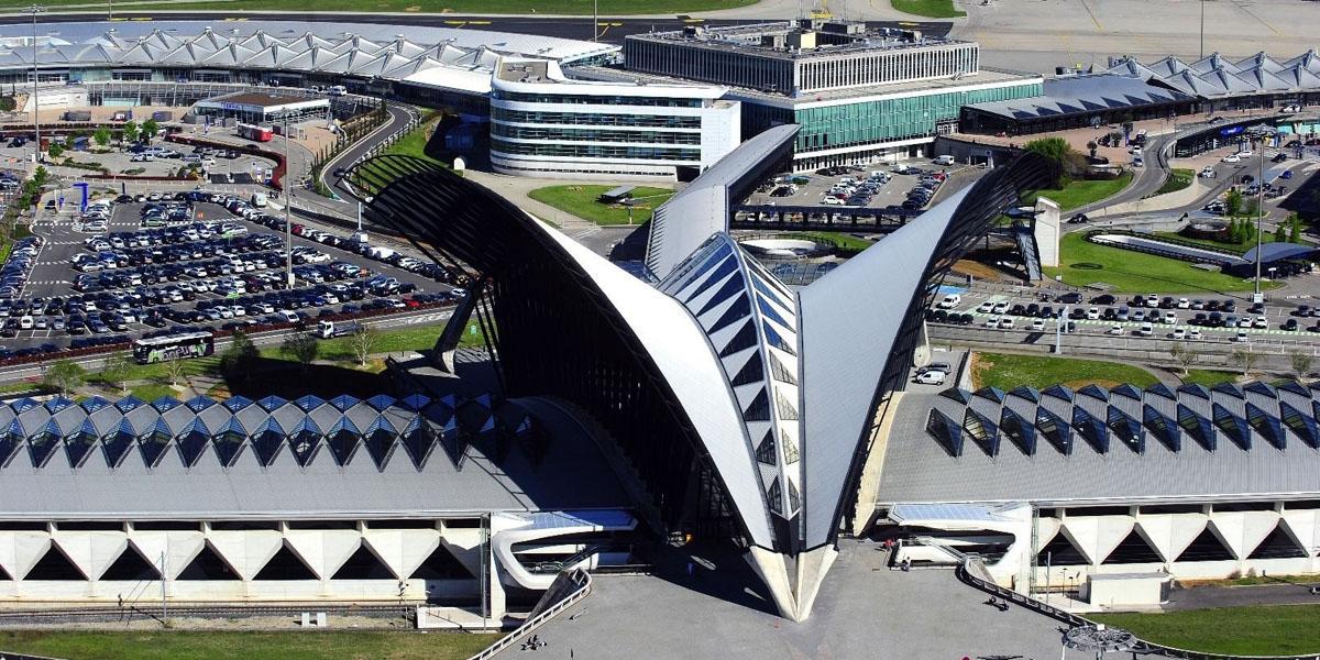 Добраться в Валь Торанс из аэропорта Лиона